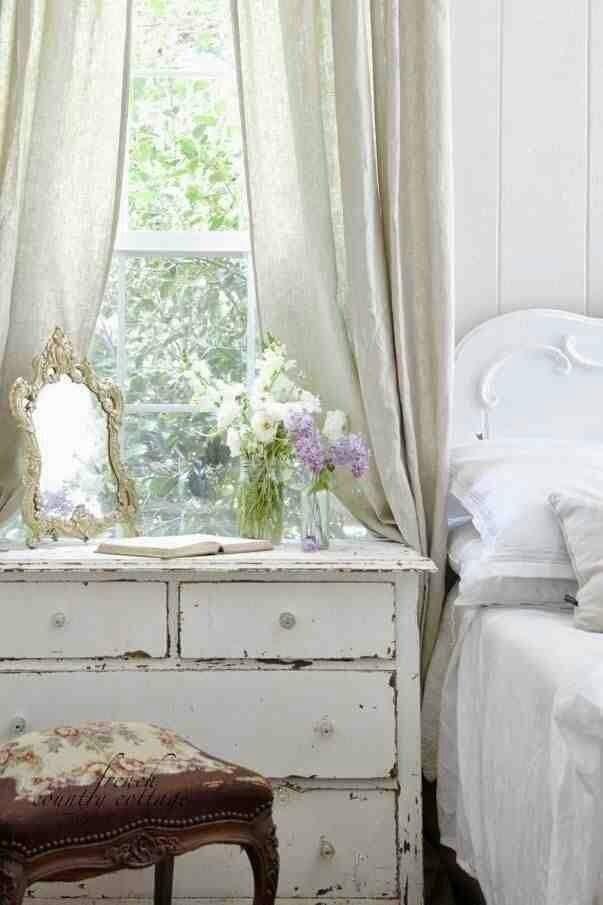 Top Wood White Dark Dresser