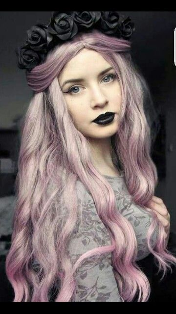 25 Best Ideas About Gothic Hairstyles On Pinterest