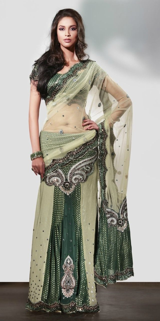 best images about Indian women on Pinterest Henna Indian