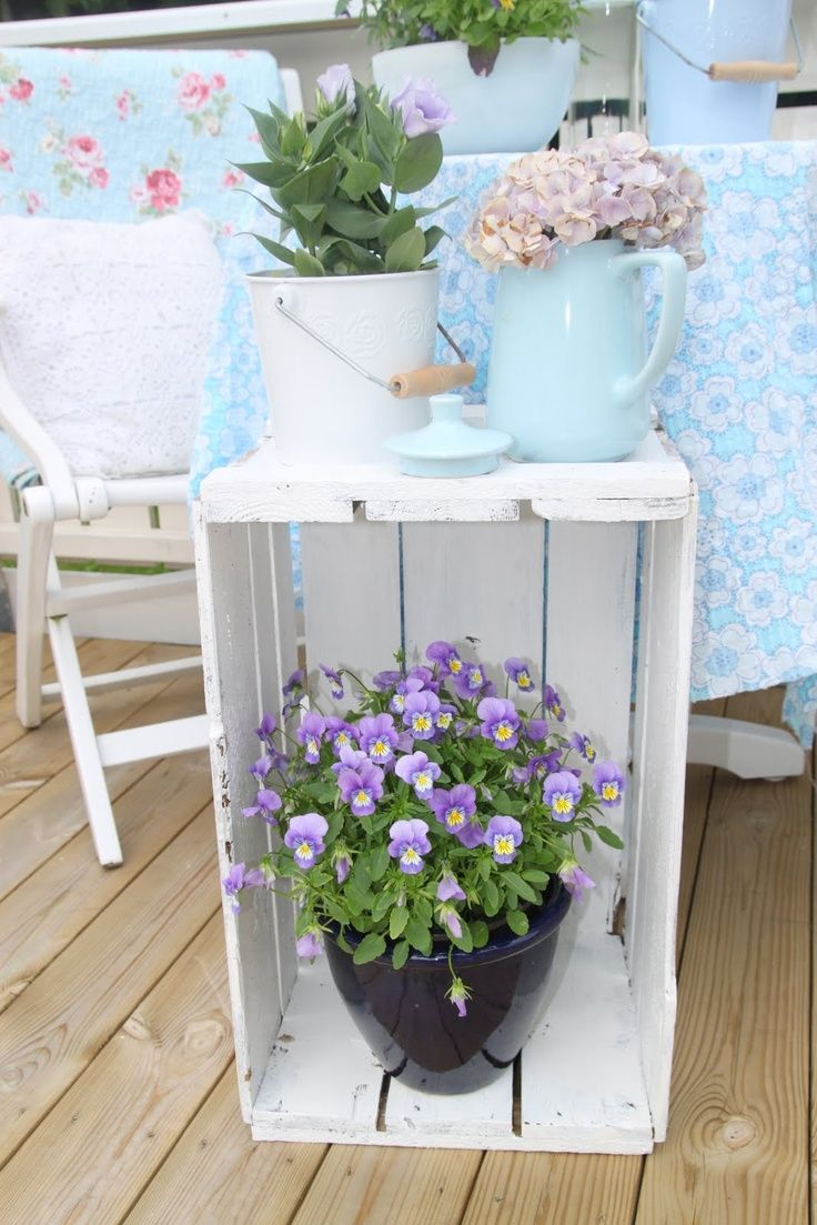 Plant Stand Ideas Inside - WoodWorking Projects & Plans on Plant Stand Ideas  id=99374