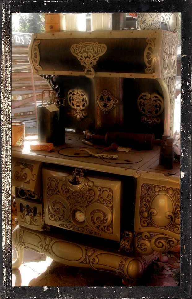 1800s Garland Stove Kitchen Range Good Idea To Take