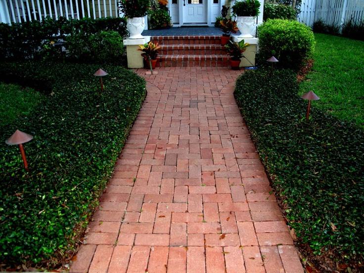 42 best images about Walkway ideas on Pinterest | Side ... on Side Yard Walkway Ideas id=17938