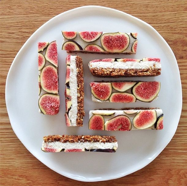 Salted Honey and Raw Fig Cheesecake Bars