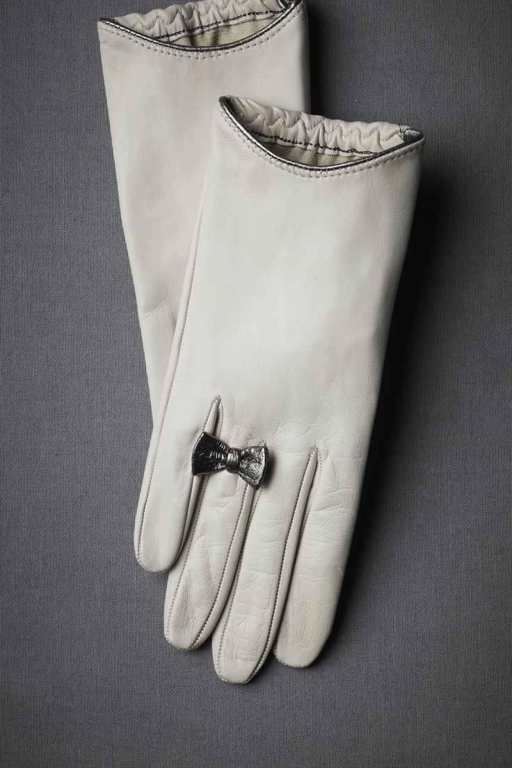 Leather Gloves. I need new gloves and I would certainly love to have these.