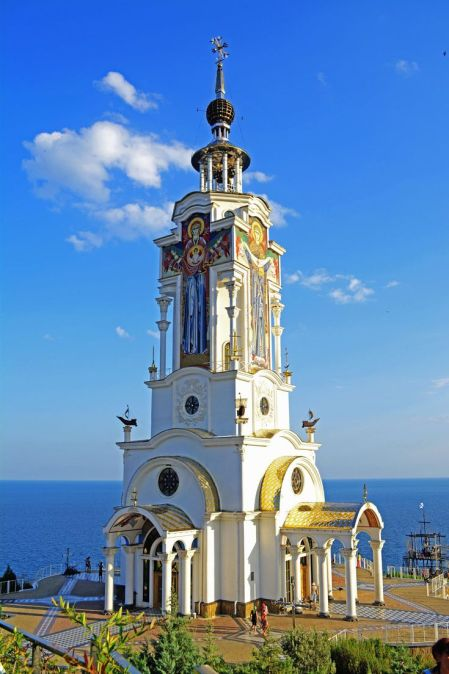 It' a church. it's a lighthouse. It's both! St Nicholas church and lighthouse - Malorichenske - Ukraine: