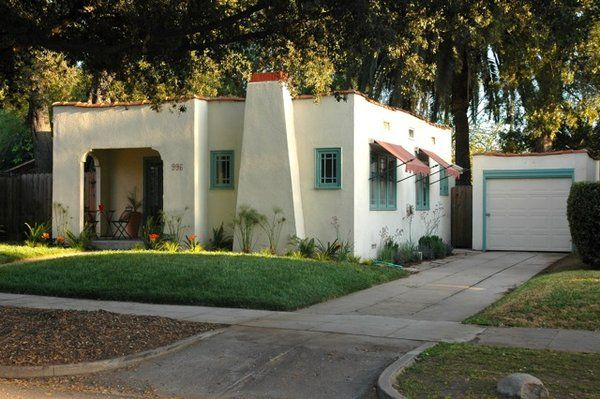 Spanish Revival Cottage In Historic Bungalow Heaven