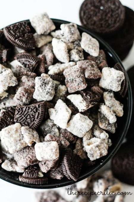 The Recipe Critic: Cookies and Cream Muddy Buddies