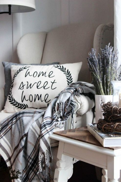 Make a Cottage Farmhouse Home Sweet Home Pillow @Fox Hollow Cottage:
