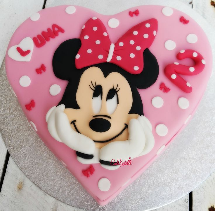 Minnie Mouse Disney Pink Inside And Out Heart Shape Cake
