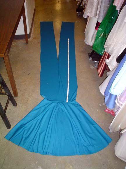 DIY convertible dress.  Min