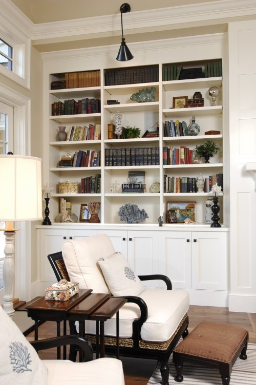 built in bookcases….I want to build these in my living room