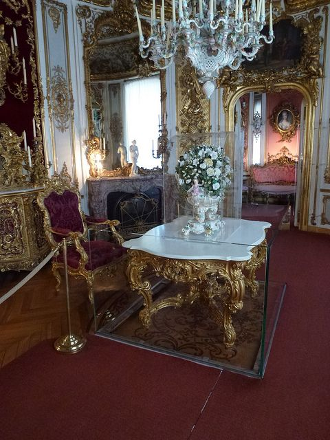 Linderhof Palace Dining Room Table Is On A Platform That Could Be Lowered Into The Kitchen For