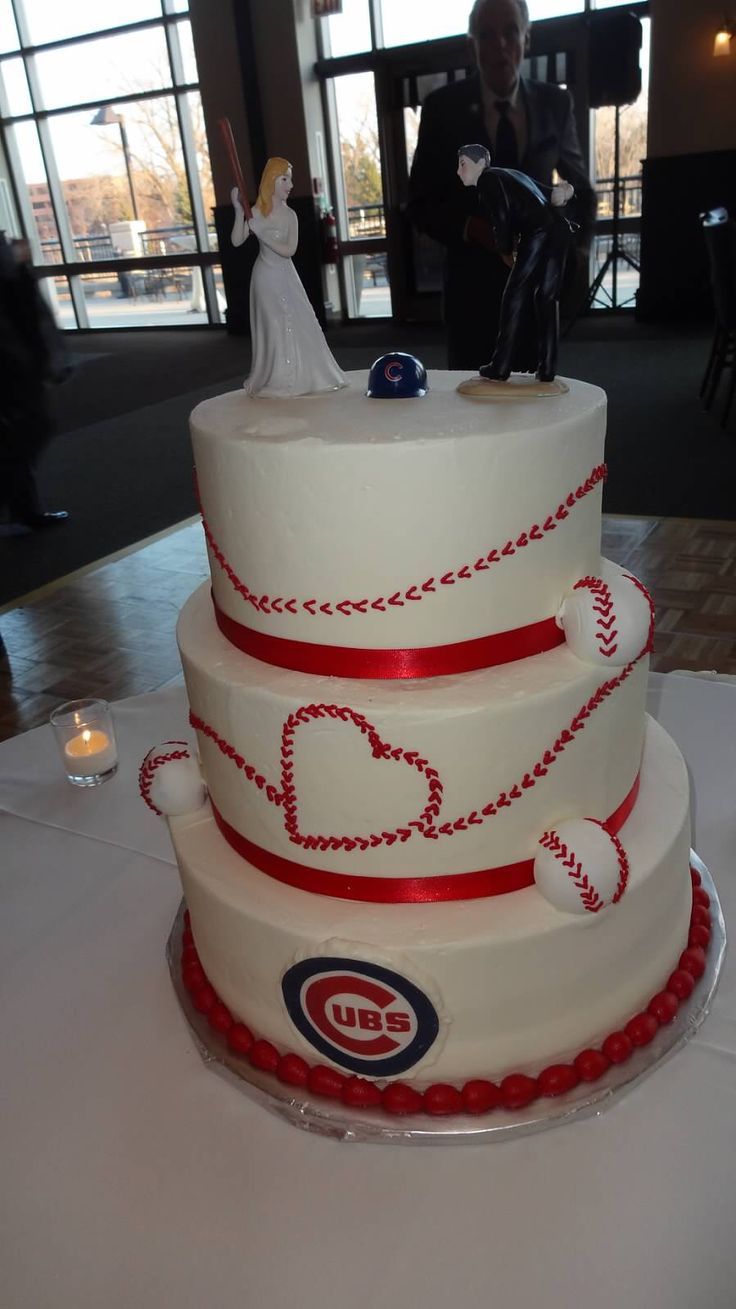 Best 25 Baseball Wedding Cakes Ideas On Pinterest