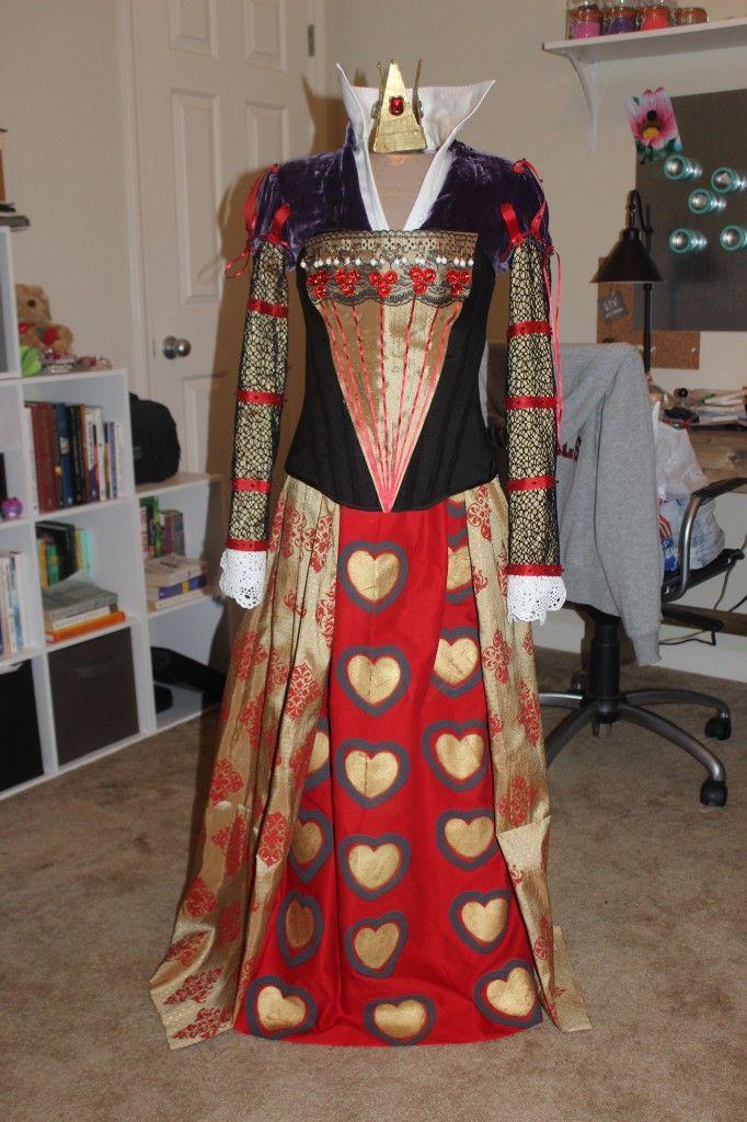 DIY Queen Of Hearts Costume Halloween Pinterest
