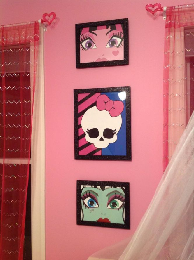 Monster High Art For Daughter S Room Acrylic On Canvas And Glitter Frames From Michael