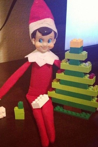 Elf on a Shelf – Antic: Made Christmas trees out of the Legos!