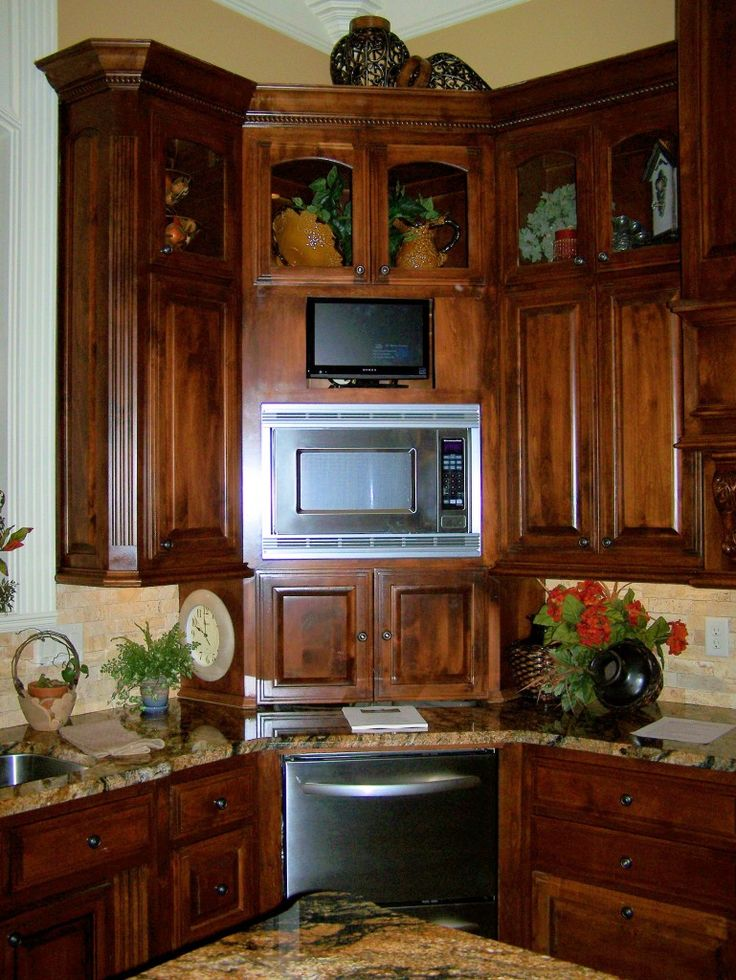 17 best images about corner butlers pantry on pinterest in the corner corner cabinets and on kitchen cabinets corner id=83696
