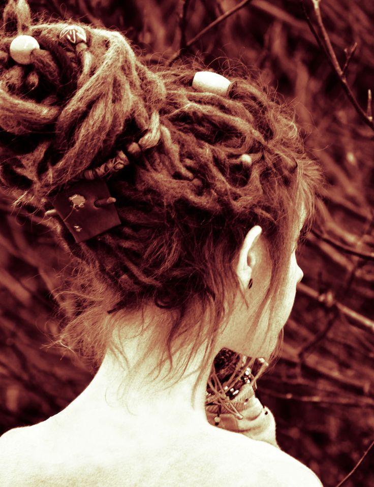 1000 Ideas About Dreadlock Styles On Pinterest Lock Style Dreads Styles And Dreadlock Hairstyles