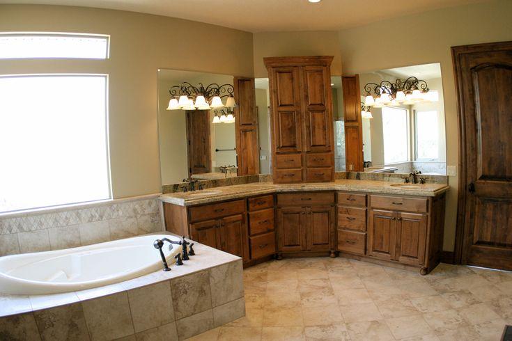 Simple Bathtub Master Bathrooms