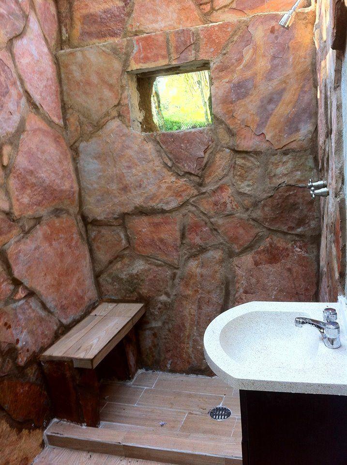 El Bao Muros De Superadobe Forrados Con Laja Casa 0