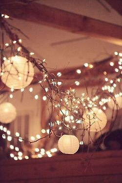 This would be gorgeous for any time of year; spring, summer, fall, or winter #wedding #reception #decorations: