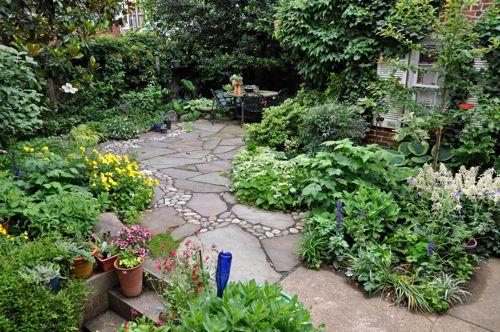 No mow yard. Slate stone walkways. | G a r d e n ... on No Mow Backyard Ideas  id=15433