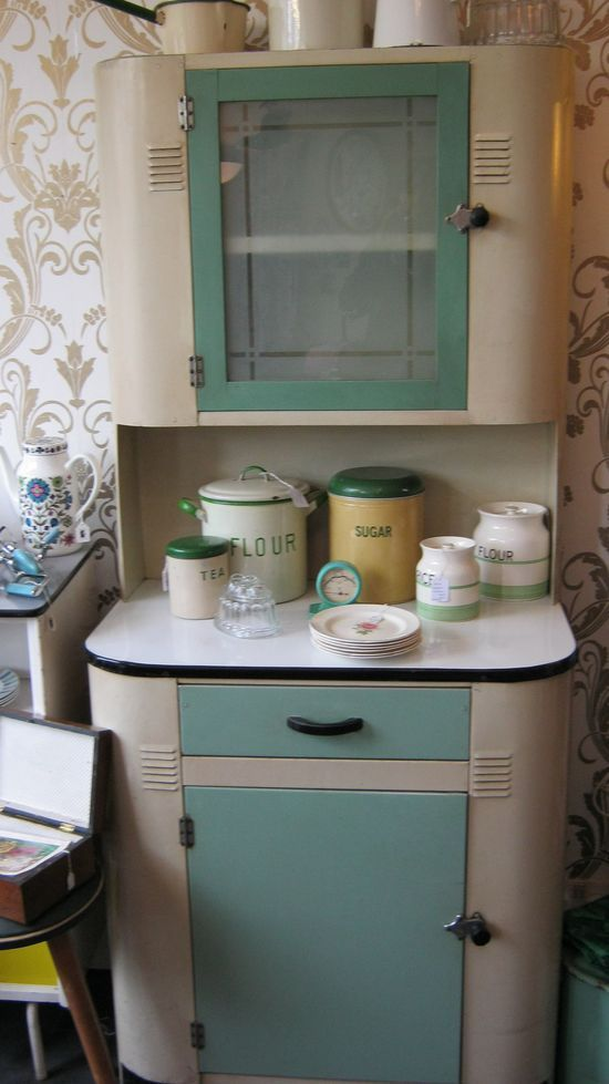 49 best old enamel cabinets images on pinterest on kitchen hutch id=86527