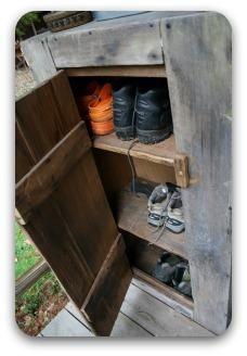 Outdoor Shoe Closet Home Decor