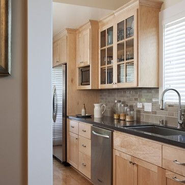 Like the backsplash with these natural maple cabinets ... on Gray Countertops With Maple Cabinets  id=41223