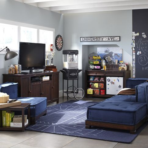Great Room Design The Sectional Couch Is Very Casual But