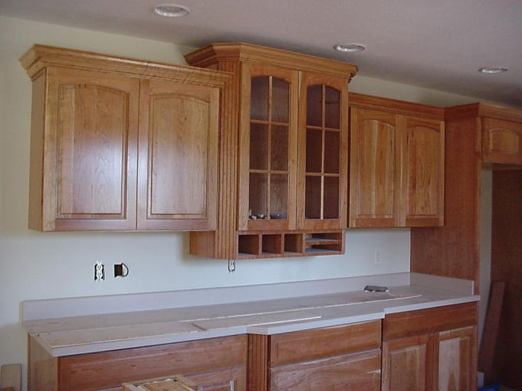 17 best images about crown molding over cabinets on pinterest craftsman kitchen updates and on kitchen cabinets trim id=87981