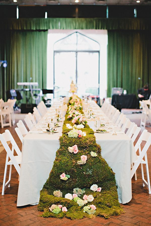 Moss Table Runner Runners Tablecloths And Wedding