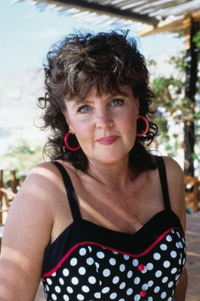 17 Best Images About Shirley Valentine Idola On Pinterest