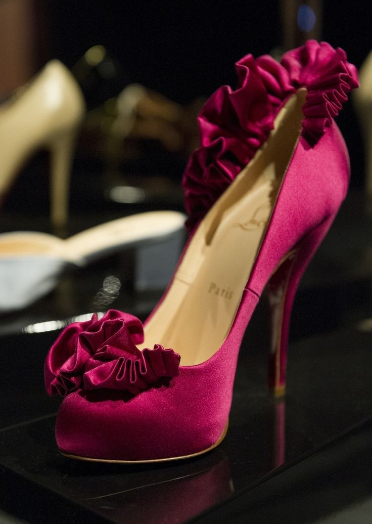 Christian Louboutin the best one shoes glamour featured fashion designer shoes christian louboutin #christian #louboutin #gift