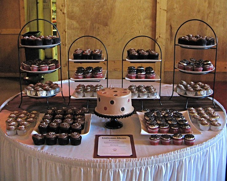 35 Best Images About Ways To Display Wedding Cupcakes On