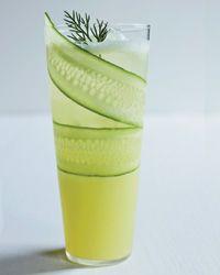 Cucumber-Lemonade Mocktail 1 paper-thin, lengthwise slice of European cucumber, for garnish Ice 1/4 teaspo