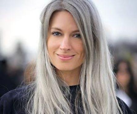 Image result for cabello canoso mujeres jovenes