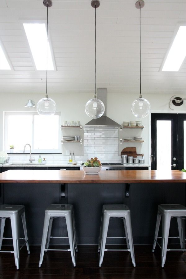 38 best images about vaulted ceiling kitchens on pinterest queen anne islands and kitchen on kitchen cabinets vaulted ceiling id=51427