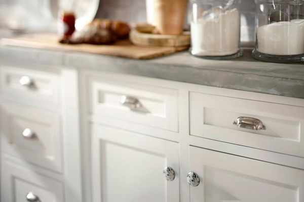 33 best images about kitchen cabinet knobs on pinterest kitchen cabinet knobs kitchen on kitchen cabinets knobs id=58358
