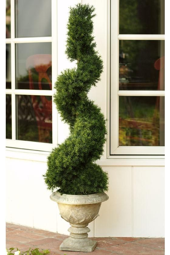 79 best images about topiary on pinterest trees hedges on interior using artificial boxwood panels with flowers id=65126
