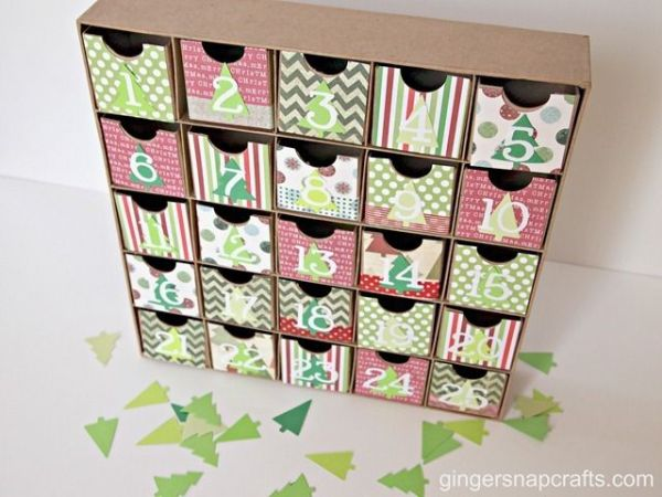Christmas advent box using box from Hobby Lobby. Cute. # ...