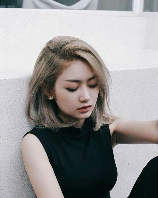 2017 Medium Short Hairstyles Page 1