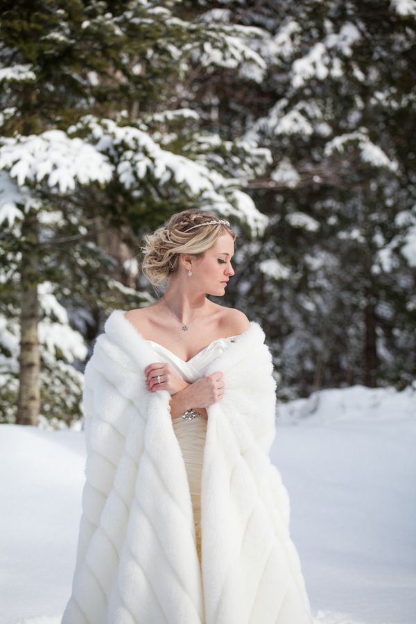 Winter Bride Wren Photography Bridal Dressing