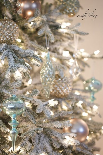 1000 Ideas About French Christmas On Pinterest