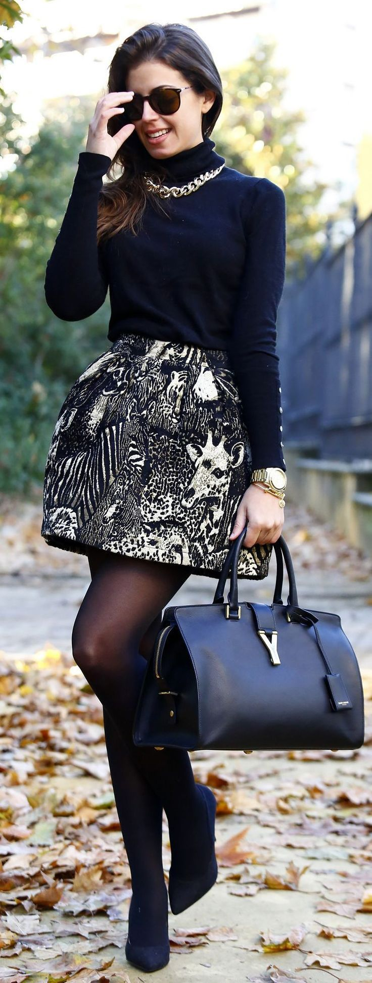 Daily Fash For Fashion : Black And White Printed A-skirt with Black Sleeve ...