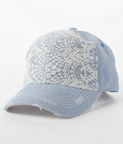 I am SO IN LOVE with this hat. I have a serious hat addiction. And the fact that this has lace….part of my name ❤️❤️ I