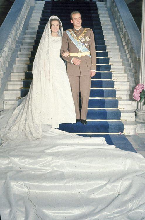 337 best images about ROYAL WEDDING DRESSES on Pinterest