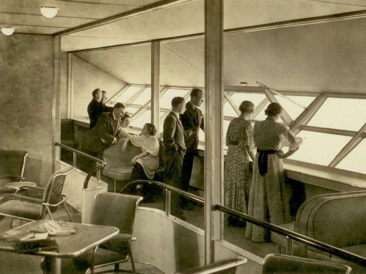 Zeppelin Hindenburg Cabin Passenger Airship And