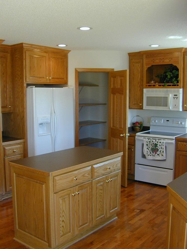 17 best images about corner cabint on pinterest base cabinets shelves and pantry cabinets on kitchen cabinets corner id=12982