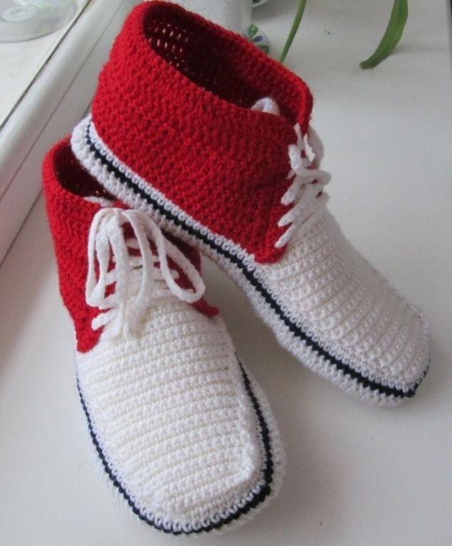 Тапочки крючком. Тапочки кеды. Для мужчин.crocheted slippers sneakers: